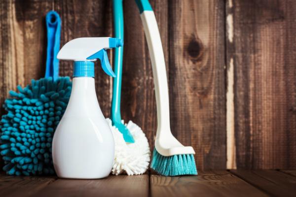洗剤に溶剤を使用する本当の目的とは?