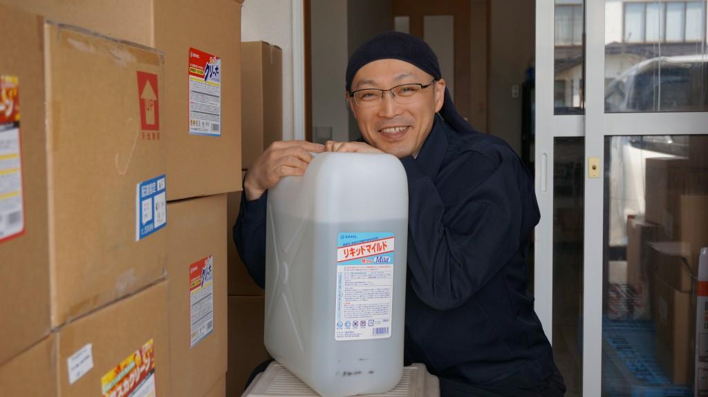 【飲食店店長必見】高い食洗機用洗浄剤を使ってないですか?5,000円以下で買えるものです!